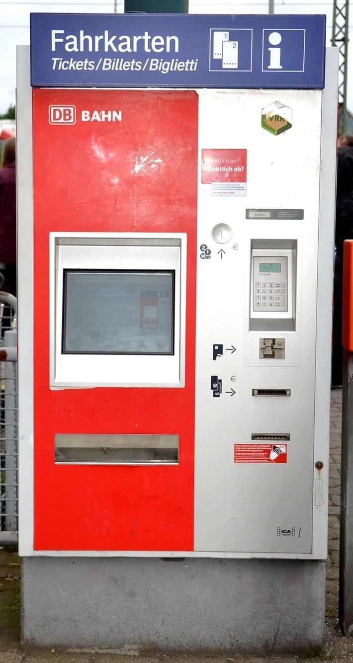 Beschädigter Fahrausweisautomat Foto: Bundespolizei