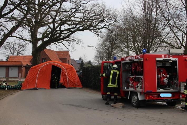 Schnelleinsatzzelt der Freiwilligen Feuerwehr Hitzhusen