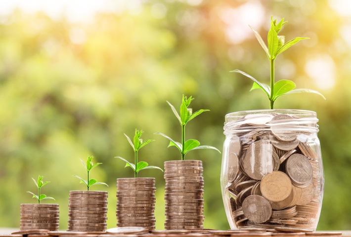 2019 steigt die Gesamtverzinsung in der DEVK-Lebensversicherung je nach Vertrag auf über  3 Prozent.