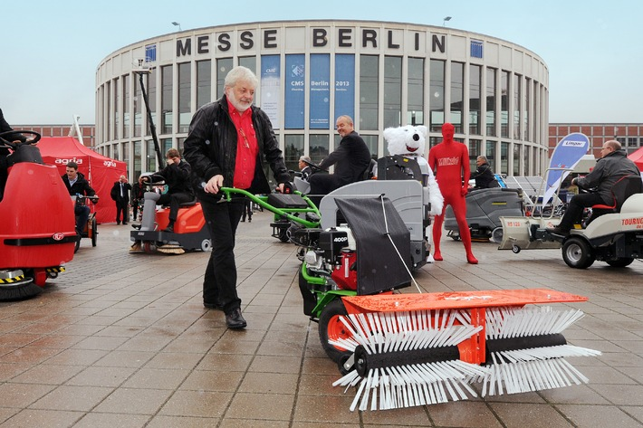 CMS 2015 Berlin - Cleaning.Management.Services 22. bis 25. September 2015 / Internationale Akquisition gestartet - CMS Info-Stand auf der Interclean in Amsterdam