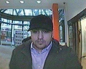 POL-BN: Bad Honnef: Wer kennt diesen Mann? Unbekannter hob mit gestohlener Bankkarte Bargeld ab