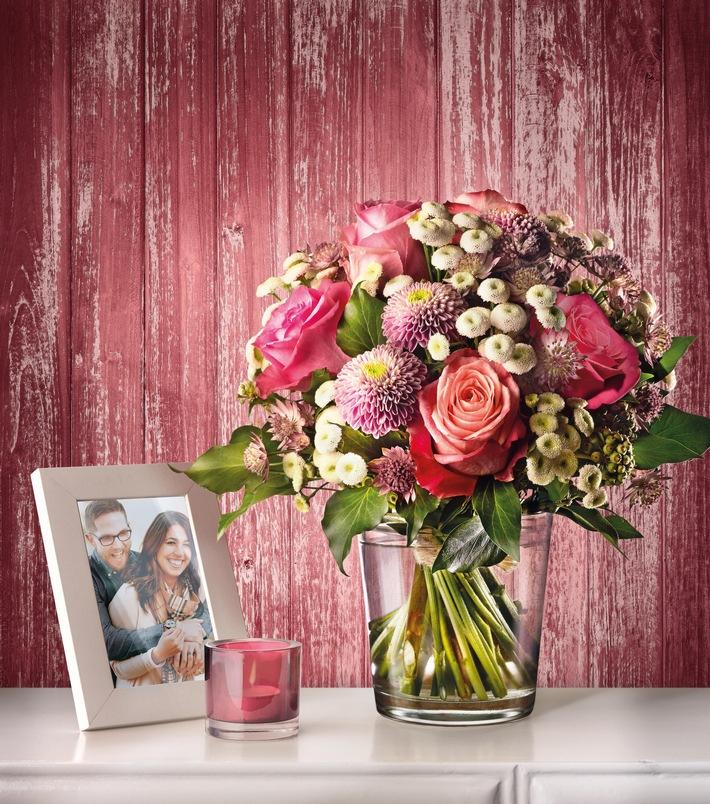 """Zum Valentinstag hat Fleurop die Kollektion """"LOVESTORYS"""" kreiert. Weiterer Text über ots und www.presseportal.de/nr/44021 / Die Verwendung dieses Bildes ist für redaktionelle Zwecke honorarfrei. Veröffentlichung bitte unter Quellenangabe: """"obs/Fleurop AG"""""""