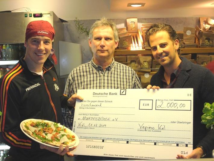 Mukoviszidose e.V. bekommt 2.000 Euro von THW-Star Klein und dem Vapiano in Kiel/Gemeinsam Mukoviszidose besiegen