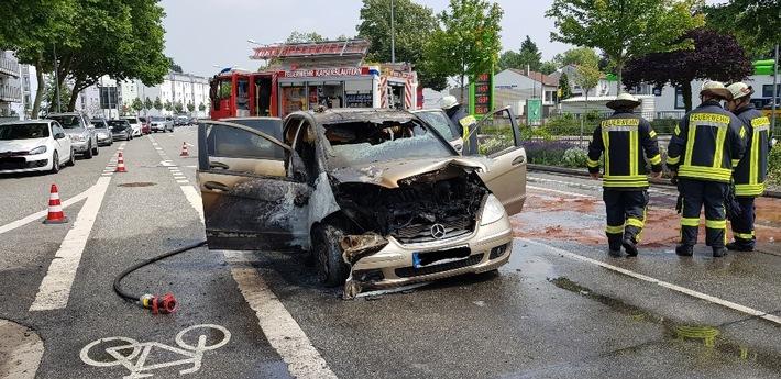 Am Samstagmittag brannte in Kaiserslautern ein Auto völlig aus. Es wurden keine Personen verletzt.