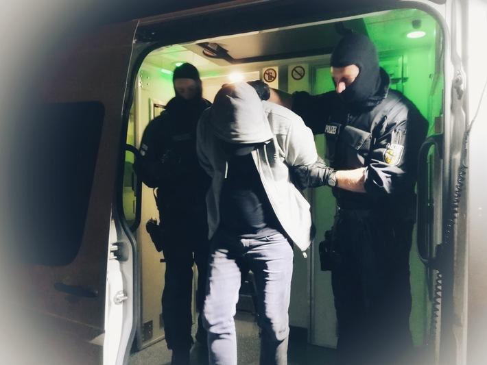 Vorläufige Festnahme Hauptbeschuldigter am 7. Mai 2018 (Hamburg).