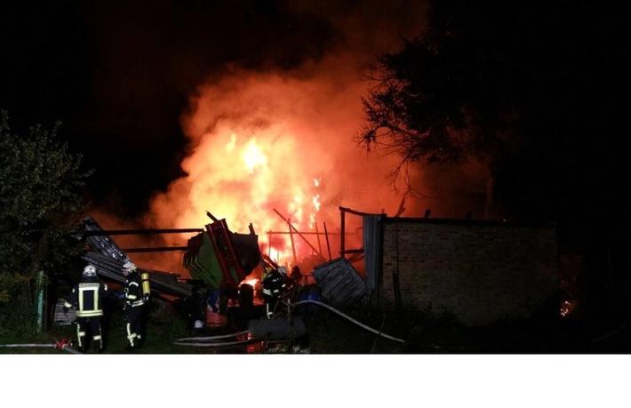 POL-HRO: Brand einer landwirtschaftlichen Lagerhalle in Buchholz