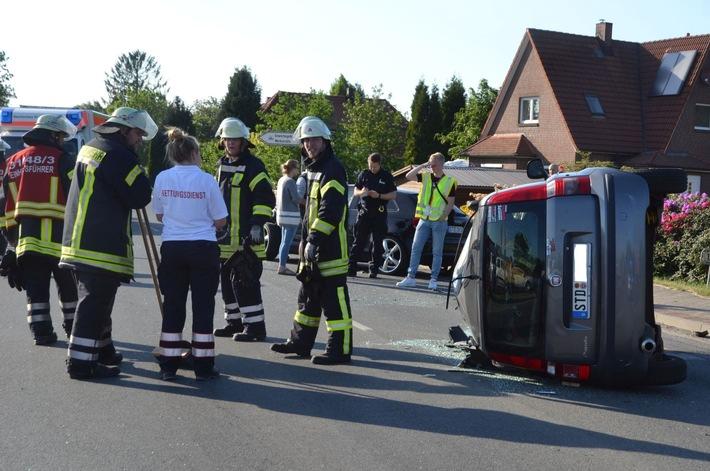 POL-STD: Vier Autoinsassen bei Unfall in Drochtersen verletzt