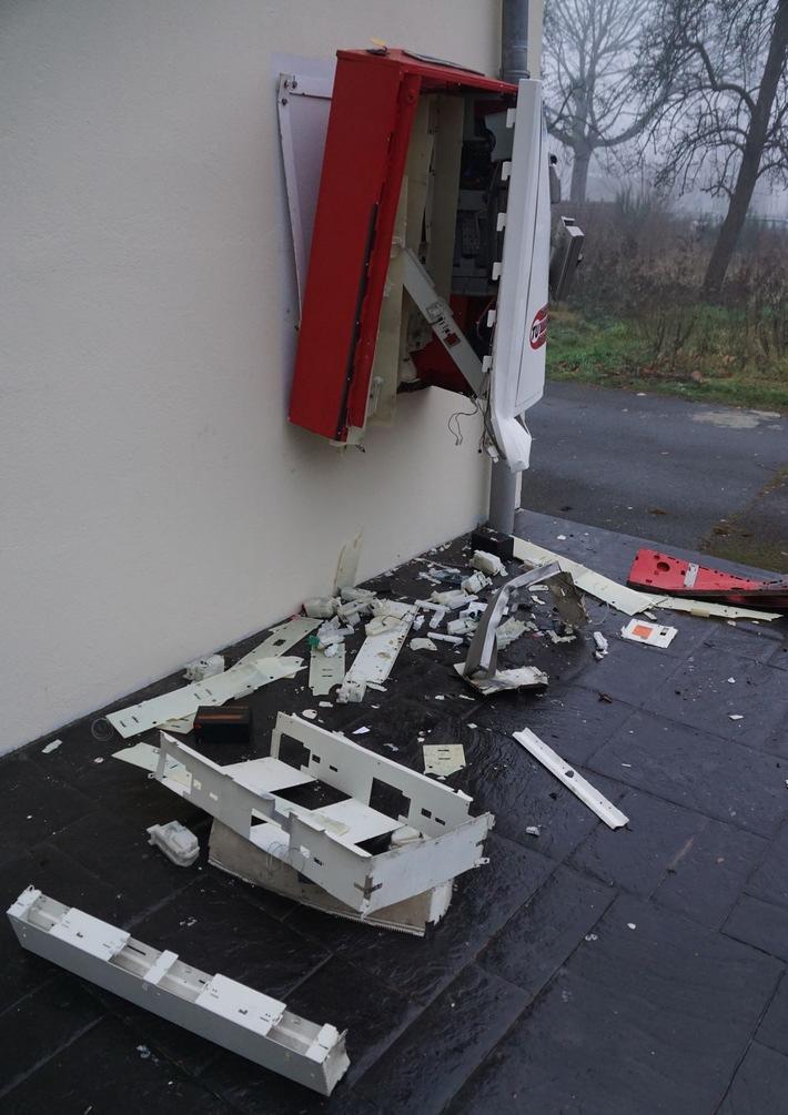 POL-MI: Zigarettenautomat aufgesprengt - Polizei sucht Zeugen