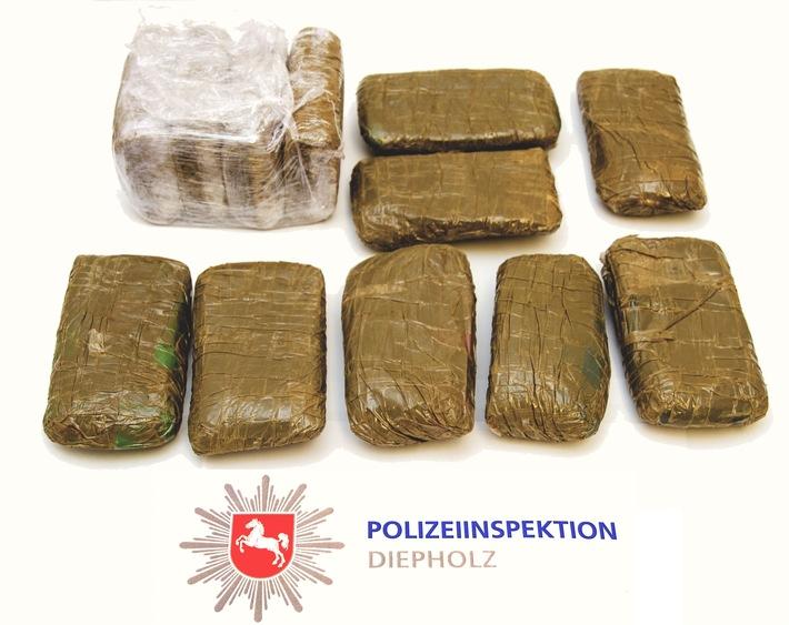 POL-DH: --- Polizei findet Drogen bei Hausdurchsuchung - Unfallfahrer vom Verkehrsunfall in Syke-Barrien verstorben ---