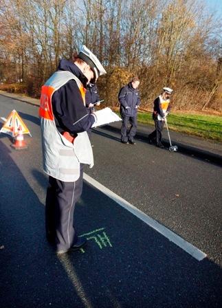 POL-REK: Verkehrsunfall mit einem Linienbus - Kerpen