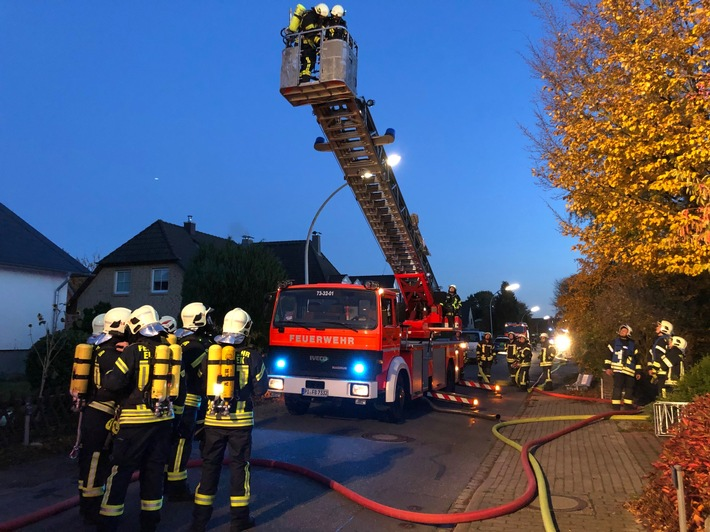 Drehleiter Feuerwehr Bönningstedt