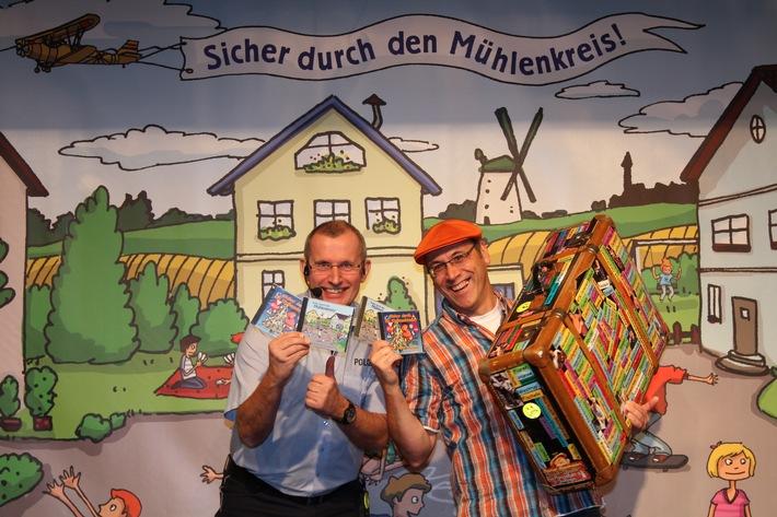 Ein Präventionsprogramm der Polizei in Zusammenarbeit mit dem Liedermacher Rainer Niersmann. Foto: Polizei Minden-Lübbecke