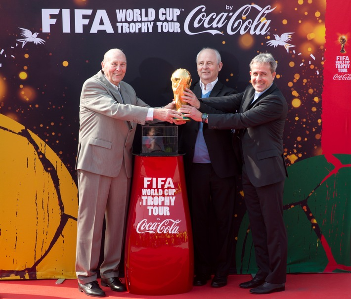 FIFA World Cup[TM] Trophy Tour: Der FIFA WM-Pokal[TM] landet in Berlin!