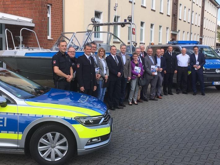 Gruppenfoto der Teilnehmer aus Nienburg
