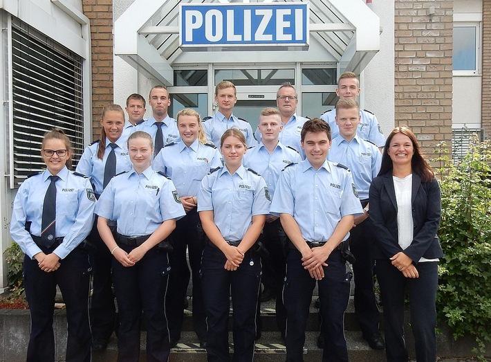 Die neuen Polizeipraktikanten der KPB Olpe