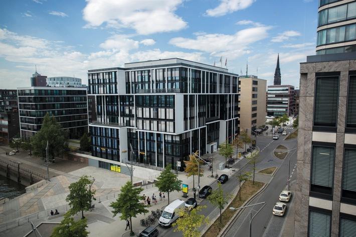"""Mit dem neuen Masterstudiengang Krankenhausmanagemnet reagiert die MSH Medical School Hamburg in der HafenCity auf den steigenden Bedarf an hochqualifizierten Managern in der Gesundheitsbranche. Weiterer Text über ots und www.presseportal.de/nr/82105 / Die Verwendung dieses Bildes ist für redaktionelle Zwecke honorarfrei. Veröffentlichung bitte unter Quellenangabe: """"obs/MSH Medical School Hamburg/PARHAM_KHORRAMI"""""""