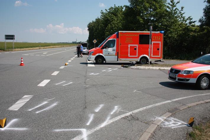 POL-HX: Verkehrsunfall mit Motorrad - Kradfahrer verletzt
