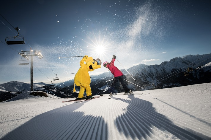 Die Zillertal Arena, das größte Skigebiet im Zillertal, bietet nicht nur 143 Pistenkilometer mit 52 Seilbahnen und Liften, sondern auch 13 kostenlose Zusatzangebote auf und abseits der Pisten ? mehr als jedes andere Skigebiet in Österreich.