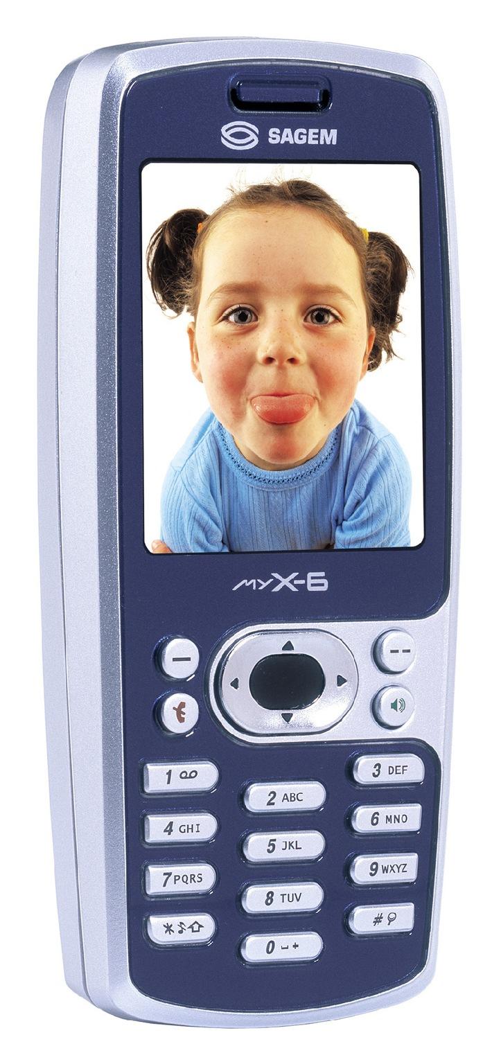 SAGEM myX-6: Tri-Band Multimedia-Handy mit eingebauter hochwertiger Digitalkamera und TFT-Display mit 65'000 Farben