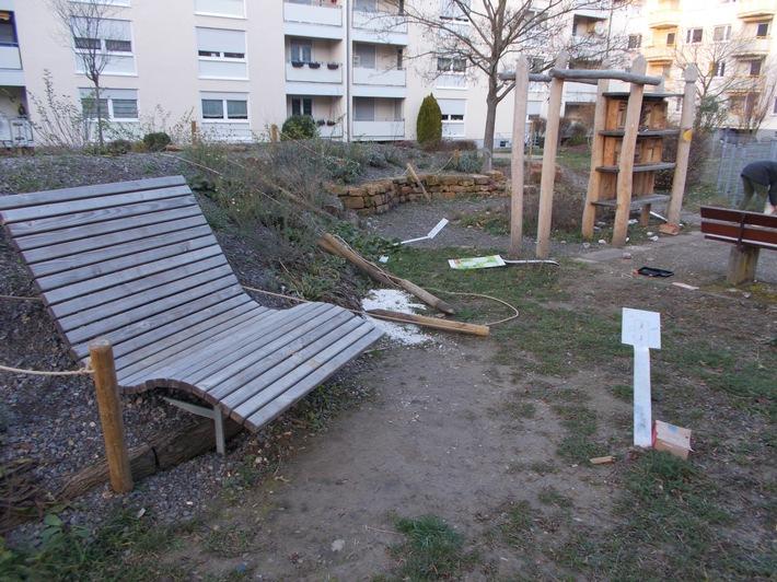 Vandalismus auf Naturerlebnispark in der Georg-Kerschensteiner-Straße