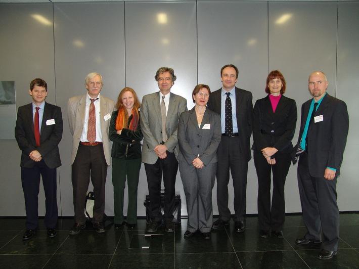 """MS-Symposium """"State of the Art 2007"""": Die chronische Phase der Multiplen Sklerose"""