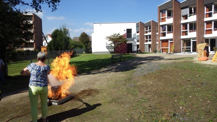 FW-WRN: Brandschutzhelfer ausgebildet