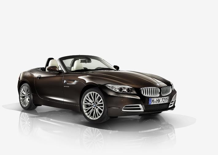 """Der neue BMW Z4 mit Design Pure Fusion (11/2013). Weiterer Text über OTS und www.presseportal.de/pm/28255 / Die Verwendung dieses Bildes ist für redaktionelle Zwecke honorarfrei. Veröffentlichung bitte unter Quellenangabe: """"obs/BMW Group"""""""