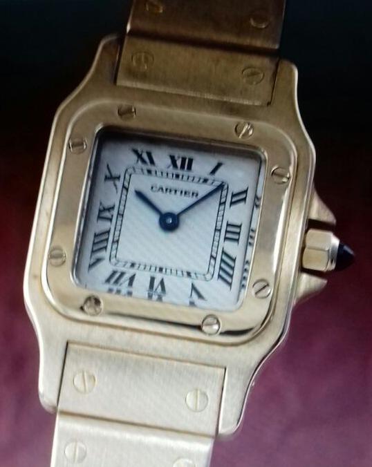 Trickdiebstahl- entwendete Uhr. Foto: Polizei: freigegeben