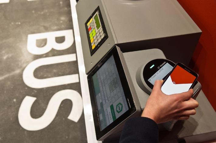 """""""Fahrscheine bitte!"""": Volldigitales Bus-Ticket im Smartphone"""