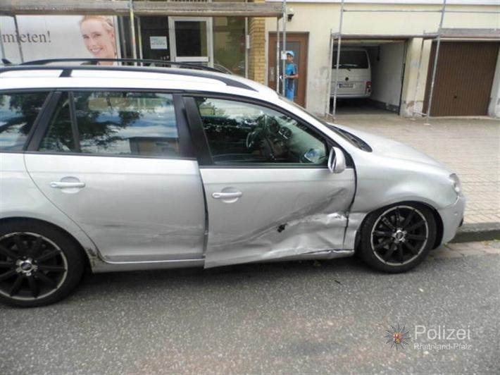 POL-PPWP: Zwei Verletzte bei Unfall