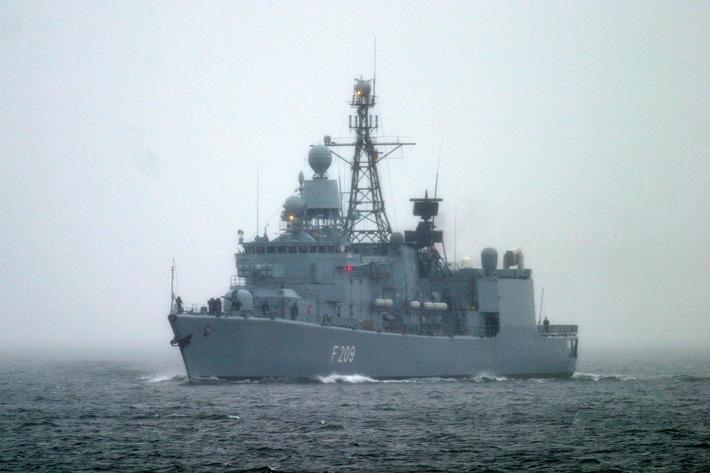 """Deutsche Marine - Pressemeldung: Bilder der Fregatte """"Rheinland-Pfalz"""""""