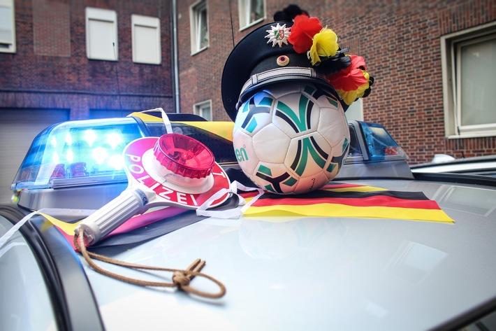 """""""Spiel, Sieg, Jubelfeier"""" - Die Spielregeln für unsere Fußballfans aus dem Revier"""