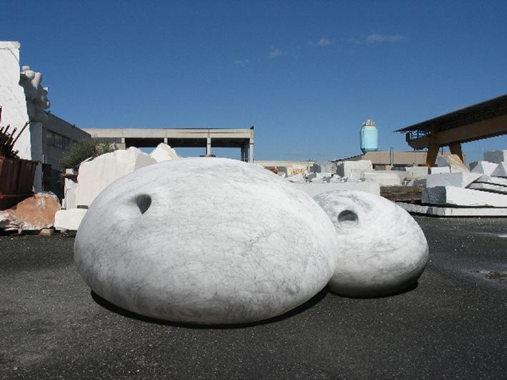Grosse Volumen - Sommerausstellung am See