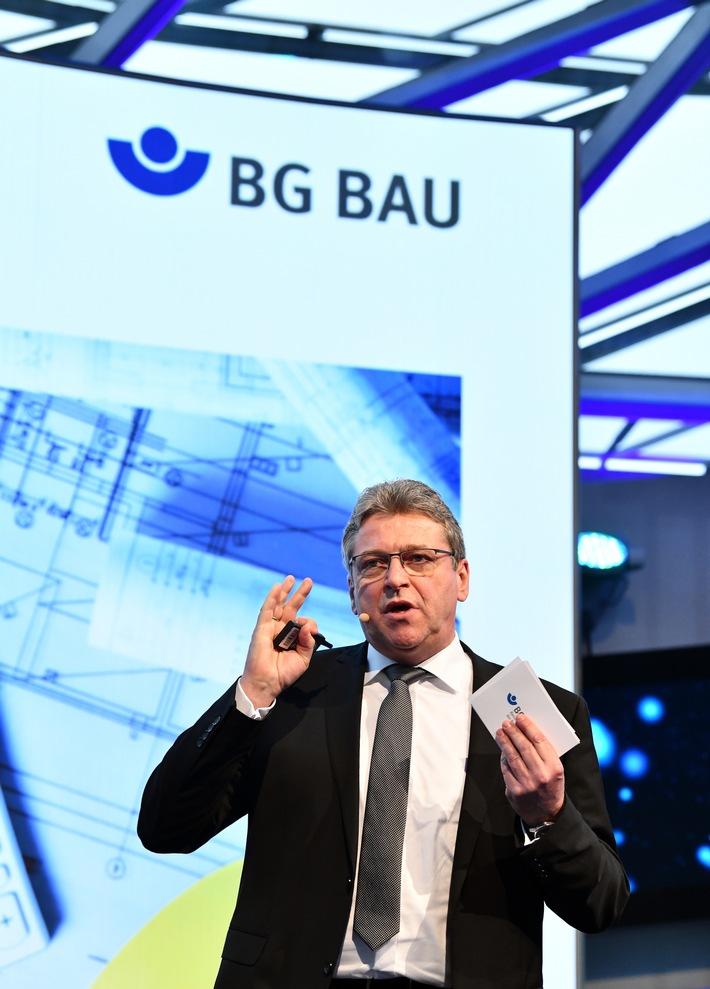in Klaus-Richard Bergmann: Arbeitsplätze am Bau müssen sicherer werden