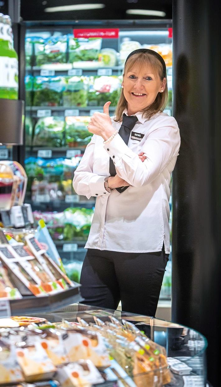 20191204_Supermarktmitarbeiterin_O`Reilly.jpg