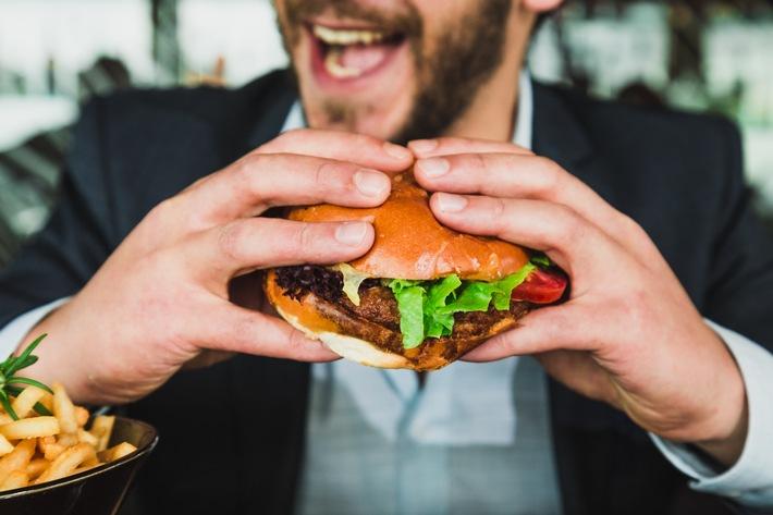 Studie zeigt: Nicht einmal jeder Zweite ernährt sich bewusst gesund (FOTO)