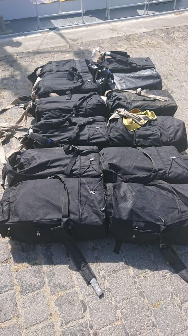 15 Taschen mit über 300 kg Kokain