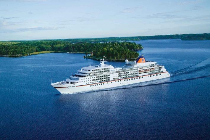 Berlitz Cruise Guide 2013: MS EUROPA verteidigt zum 13. Mal ihre Spitzenposition