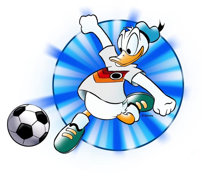 Happy Birthday, Donald: Disneys Kult-Ente exklusiv im TV Movie-Interview und im WM-Trikot