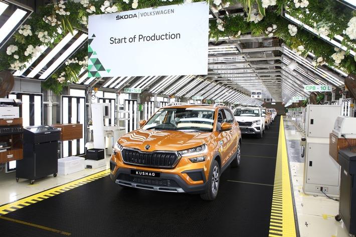 Der SKODA KUSHAQ ist das erste Serienmodell, das im Rahmen des Projekts INDIA 2.0 lokal in Indien gefertigt wird. Das SUV basiert auf der speziell für den indischen Markt entwickelten MQB-A0-IN-Version des modularen Querbaukastens. / SKODA AUTO Volkswagen India Private Limited startet Serienproduktion des neuen SUV-Modells KUSHAQ / Weiterer Text über ots und www.presseportal.de/nr/28249 / Die Verwendung dieses Bildes ist für redaktionelle Zwecke unter Beachtung ggf. genannter Nutzungsbedingungen honorarfrei. Veröffentlichung bitte mit Bildrechte-Hinweis.