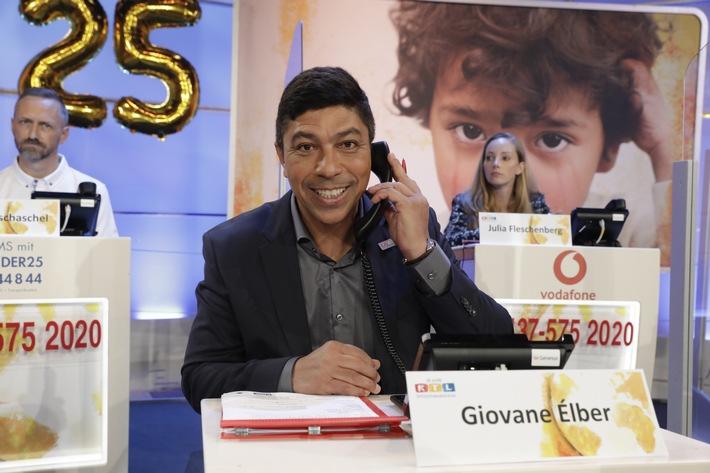 Procter & Gamble übergibt beim 25. RTL-Spendenmarathon insgesamt 600.000 Euro und bucht dazu eine komplette Werbeinsel, zugunsten RTL - Wir Helfen Kindern (FOTO)