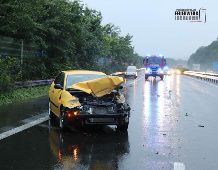 FW-MK: Verkehrsunfall auf der Autobahn 46