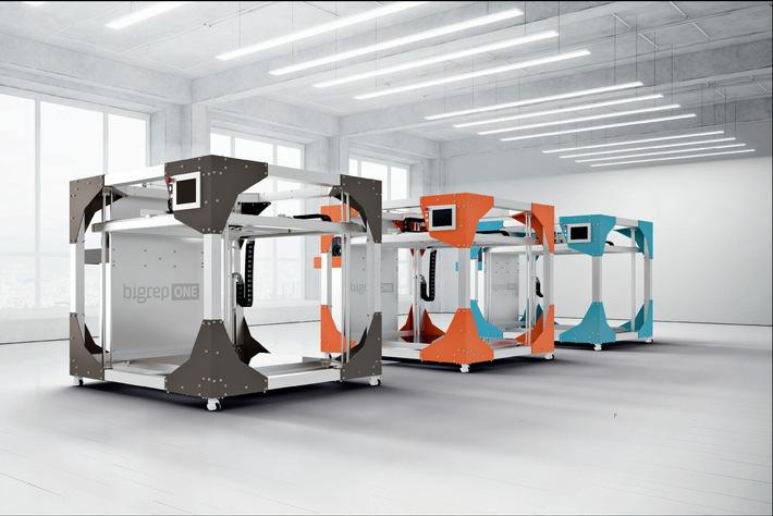 """Die 3D-Drucker """"XXL"""" für die professionelle und industrielle Anwendung. Weiterer Text über ots und www.presseportal.de/nr/71329 / Die Verwendung dieses Bildes ist für redaktionelle Zwecke honorarfrei. Veröffentlichung bitte unter Quellenangabe: """"obs/Körber AG/BigRep"""""""