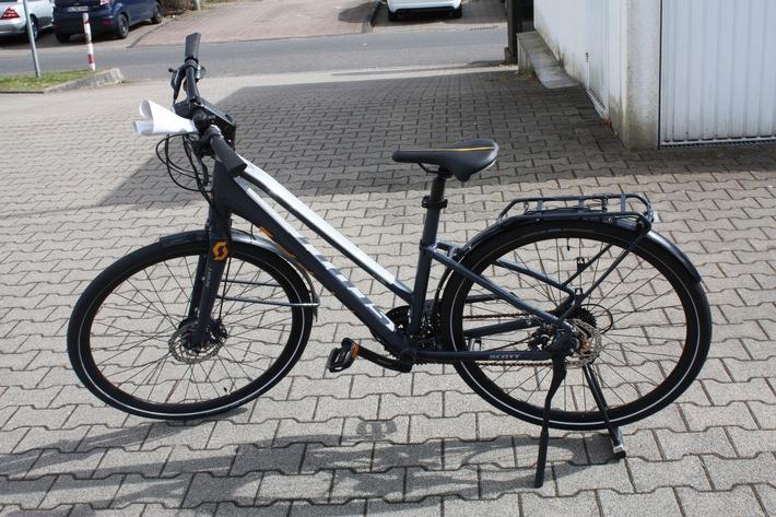 Polizei sucht Fahrrad-Besitzer