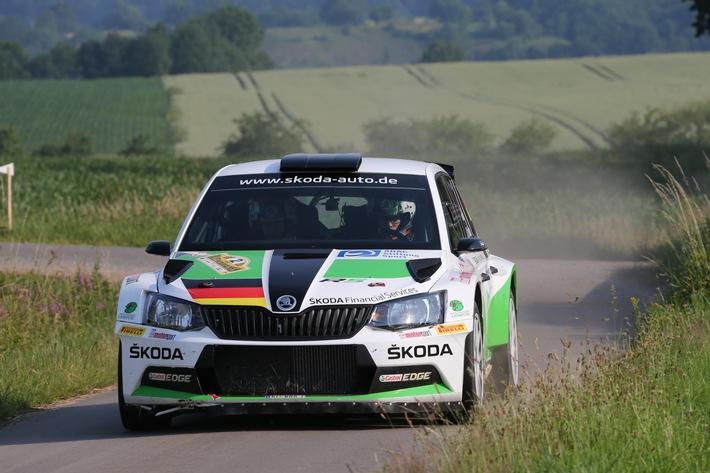 Skoda Pilot Kreim Fährt Scharfen Test Für Die Adac Rallye