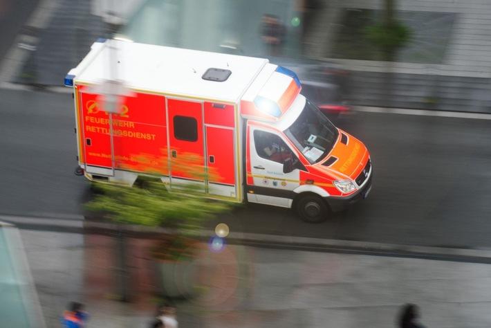 FW-BO: Verkehrsunfall mit 3 verletzten Personen in der Bochumer-Innenstadt