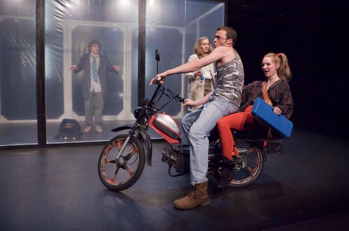 PREMIO - Concorso di teatro e danza   Bando per il concorso 2010