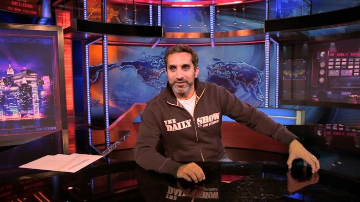 """Bassem Youssef galt in Ägypten als gefeierter Comedy-Star. Doch der Frühling der Freiheit währte nur kurz: 2013 wurde seine Satire-Sendung plötzlich abgesetzt und Youssef zur Flucht getrieben. Weiterer Text über ots und www.presseportal.de/nr/105413 / Die Verwendung dieses Bildes ist für redaktionelle Zwecke honorarfrei. Veröffentlichung bitte unter Quellenangabe: """"obs/ZDFinfo/Wail Gzoly"""""""