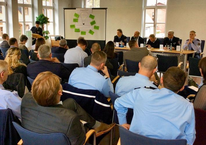 Vertreter von deutscher und französischer Polizei erarbeiteten bei der Fachtagung in Ludwigswinkel einen Katalog gemeinsamer Aktionen - von der Fortbildung bis zu Kontroll- und Fahndungsmaßnahmen. Eine Planungsgruppe wird dies jetzt vorbereiten.