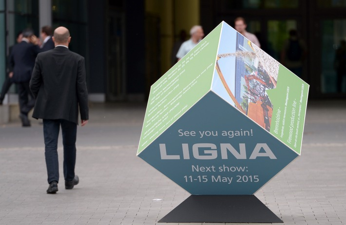 Wood Industry Summit auf der LIGNA 2015 - Global Player JOHN DEERE kommt zum Wood Industry Summit auf die LIGNA 2015